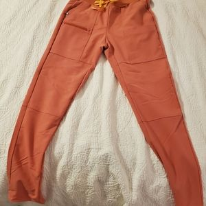 Figs coral pants